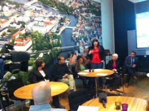 Maria Forsberg och Maria Chergui presenterar majoritetens jobbsatsning