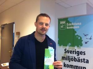 Joel Hamberg besöker miljökonferensen Osårbara