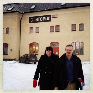 Maria Forsberg och Joel Hamberg utanför Subtopia i Botkyrka