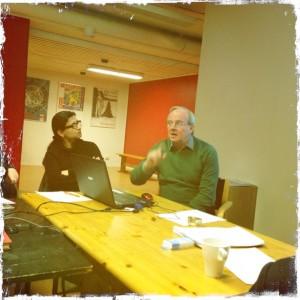 Tommy Hamberg utbildar Vänsterpartiet i Näringslivspoltik
