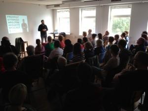 Många intresserade av föreläsning av klass