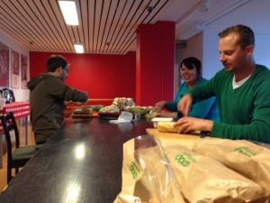 Styrelsen förbereder lunchen